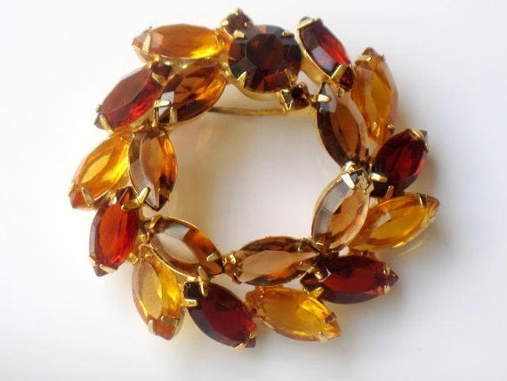 Verified Juliana Brooch Wreath Style Autumn Amber Yellow Topaz High Fashion DeLizza and Elster Pin Vintage Collectible Jewelry