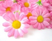 25 Pink Gerbera Daisy Heads - Artificial Silk Flower - 1.75 inches - Wholesale Lot - for Wedding work, Make Hair clips, headbands, scapbook