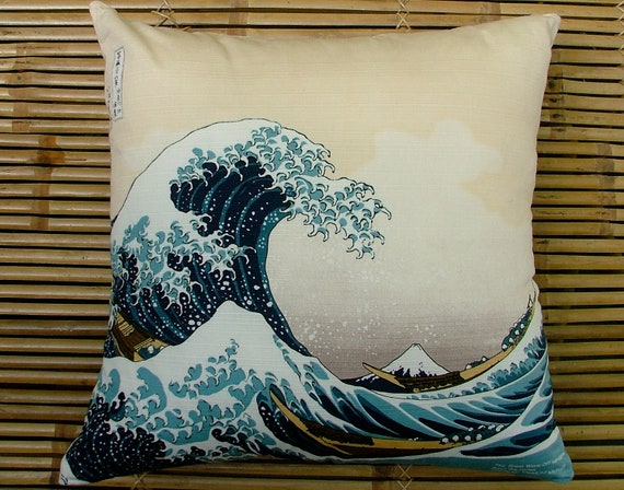 Cushion pillow Japanese vintage cotton, Tsunami woodblock print, The Great Wave Off Kanagawa by Hokusai. Vintage yukata cotton back.