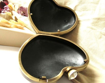 13 x 10.5 cm Heart Dressing Case and Brass Bronze Metal Purse Frame with White Faceted Rhinestone Clasp Clip - 1pc