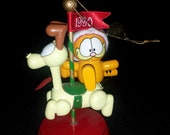 Garfield Odie Carousel 1990 Collector Ornament