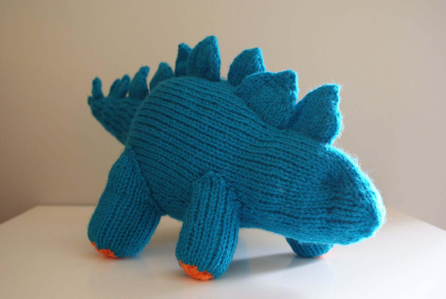 Knit Dinosaur Pattern : DIY Knitting PATTERN Stegosaurus Dinosaur Stuffed Animal
