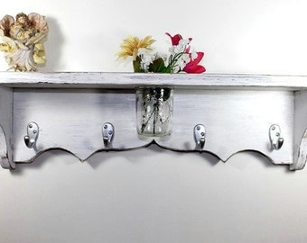 24 inch wood shelf floral vase, key hooks, coat hooks, homeorganizer, cottage decor, home decor, distressed, and painted Vintage White