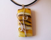 Sale - Wire Wrapped Yellow Onyx Agate Pendant - Necklace - Wire work - Art Jewelry - Agate Necklace