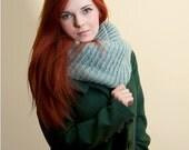 mint cowl knitting oversize seamless shawl thick alpaca moebius cozy christmas gift