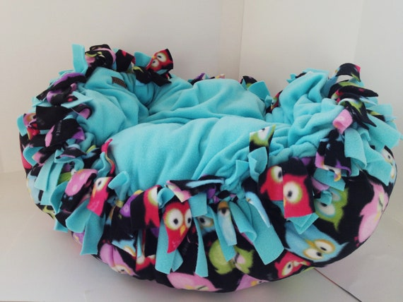 BG Pet Reversible Cloud Dog Bed with Blue Black OWLS Fleece MEDIUM