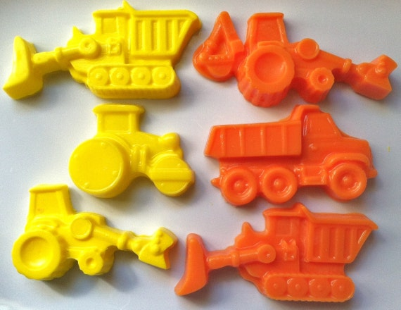Dump Truck Construction Crayons, Custom Colors- Great Party or Birthday Favor (12)
