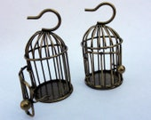 Bird Cage Charm / Antique Bronze / Wire Cage / Antique Finding