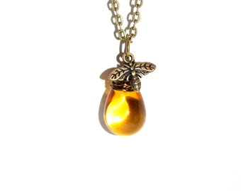 Bee necklace, wire wrapped honey bee necklace, honey drop, honey bee necklace, bee jewelry, gift
