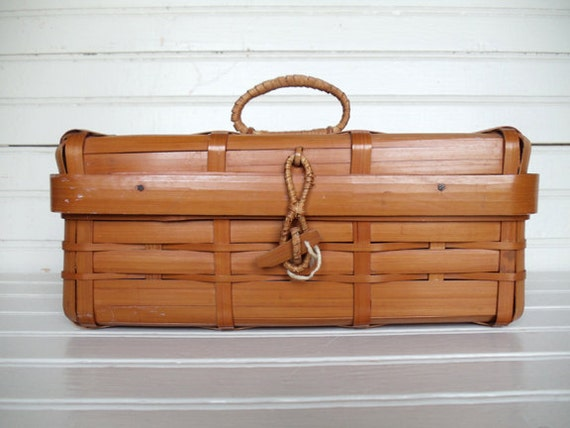 """1940's Vintage  Woven Bamboo Japanese Sewing/Storage Basket """"Occupied Japan"""""""