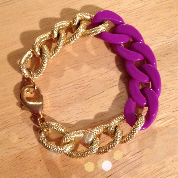 The SYDNEY Bracelet - Small Gold Textured Copper Plated Chain Linked With A Grape Resin Chain