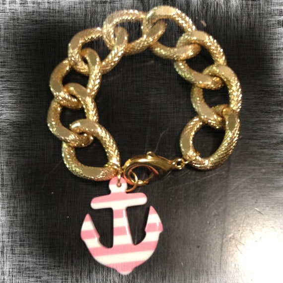 The SAILORS DREAM Hanging Charm Is A Textured Gold Chain Bracelet With A Resin Striped Pink & White Hanging Anchor Charm