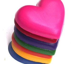 Valentine Crayons - Set of 7 / Heart Crayons / Valentines Day / Eco-Friendly Heart CRAYONS / Handmade Soy Crayons / Gift