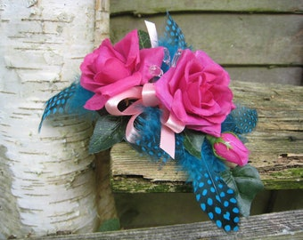 Flower Corsage, Cerise Pink Roses, Weddings, Proms and Events.