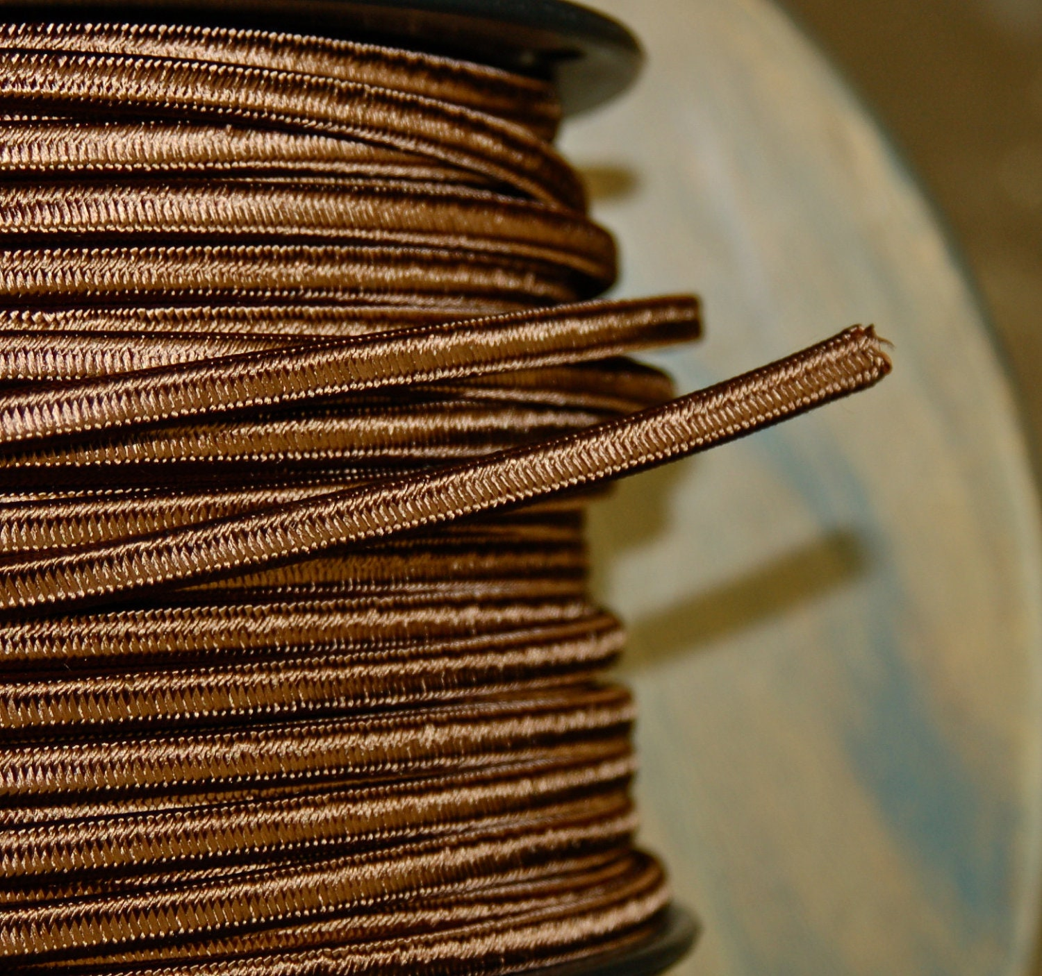 6 feet brown 2 wire cloth covered cord by snakeheadvintage. Black Bedroom Furniture Sets. Home Design Ideas