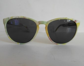 Vintage Green, Yellow & Pink on White Floral Pattern Keyhole Sunglasses