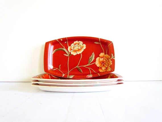 Reserved - Vintage Retro Laminated Red Flower Plates/Trays - Set of 4