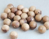 20 mm Wooden textured beads 25 pcs - natural, eco friendly dr20mm