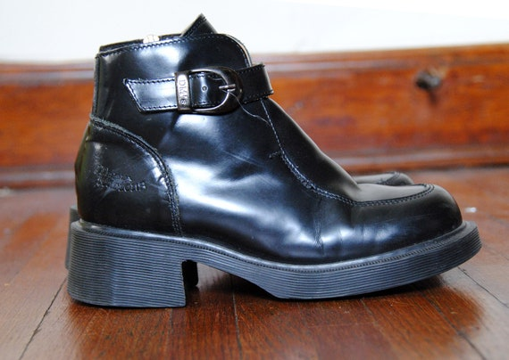 "VTG. Women's 90's ""Dr. Martens"" 8466 Black Leather CHUNKY Ankle Boots  (5)"