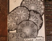 Crochet originals 1970s instructional magazine elizabeth Hiddleson v 8