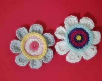 Crochet Pattern Flower Applique for Hats, Scarves, Headbands, Hair Clips, Shoes Clips, Bags