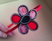 Red zipper flower hairband. Felt and fabric hair accessorie. Stylish and boho gift.