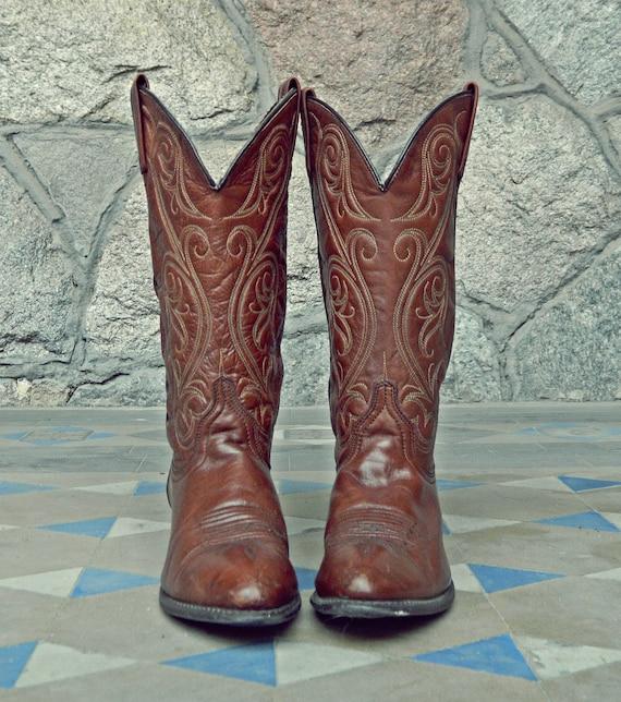 Vintage ACME Brown Leather Cowboy Boots Size 7