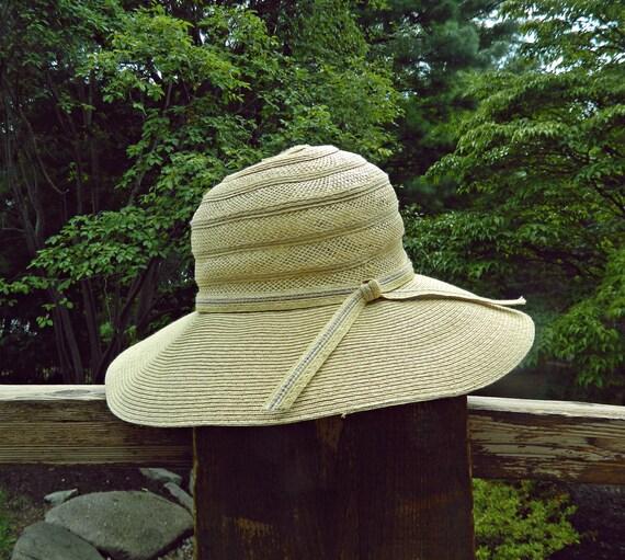 Vintage Sun Hat / Floppy Hat / Straw Hat / Wide Brim Hat /  Hat With Bow / Prarie Accessory / Victorian Hat / Resort / Spring / Summer Hat