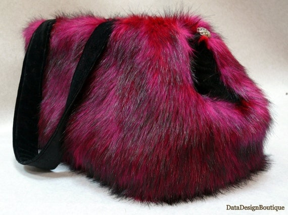 Winter Posh Dog Reversible Carrier Bag Fox  Faux Fur Red Pink Black For all Small Pets Yorkie  Maltes