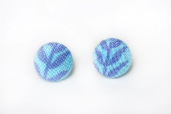 Periwinkle Vines Fabric Button Earrings