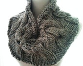 Super Chunky Cable Knit Cowl in Grey Tweed - Circle Scarf - Infinity Scart - Women - Teens - Gift for Her - Winter Accessory