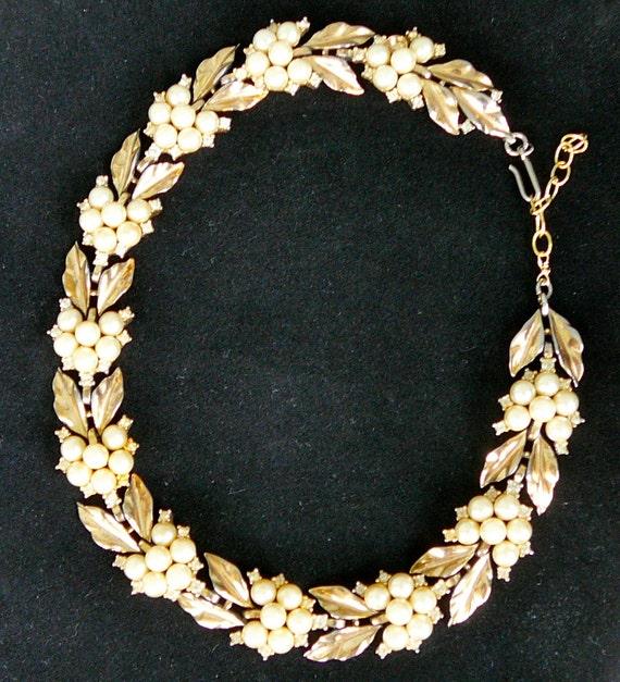 Vintage TRIFARI Gold Pearl Rhinestone Necklace