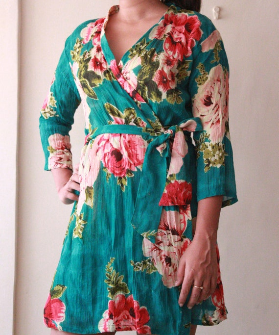 Kimono robe -  bridesmaids, maid of honor, spa robe, beach cover up, dressing up robe, maternity