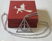 New Harry Potter Deathly Hallows Alloy Necklace MIDDLE Circle CAN SPIN