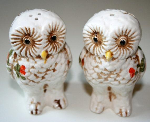 Vintage Owl Salt N Peppers