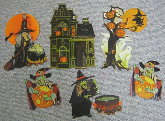 Vintage halloween decorations witches for Antique halloween decoration