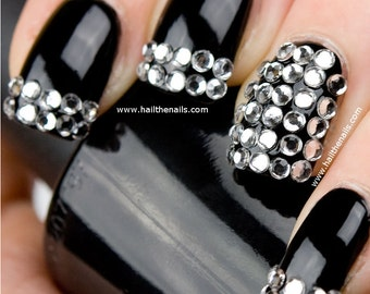 Crystal Studs Nail Art - This seasons must have nails. Y019