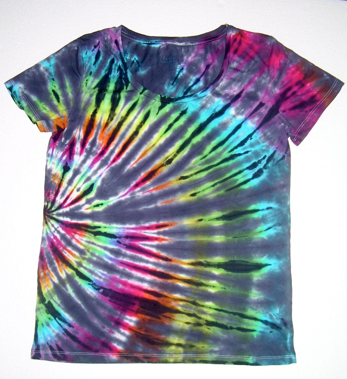 Tie dye clothing for women