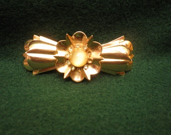 Stunning Vintage Jeray Brooch  with Cabochon and Rhinestones- convertible Pendant