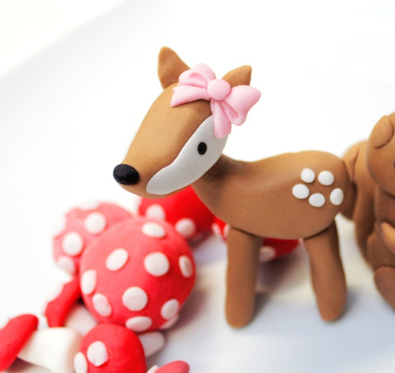 Woodland DEER fondant cake topper -  1 qty deer great for birthday party cake or cupcake toppers