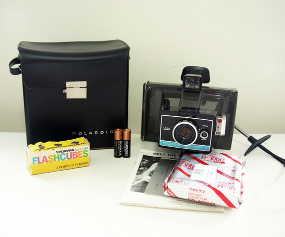 Working Polaroid Colorpack II complete Kit (film,tested, with film ,bag and extras)