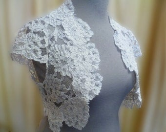 Romantic Vintage Look French  White Corded Lace Bridal Shrug Plus Size