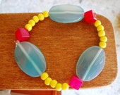Agate elastic bracelet with yellow and red beads