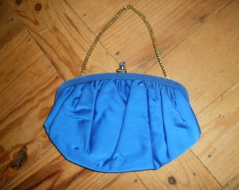 Vintage Blue Purse with Goldtone chain and clasp.