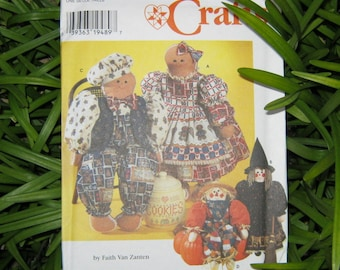 """Uncut Pattern - Simplicity 7345 - 31""""  Stuffed Dolls and Clothes Pattern"""