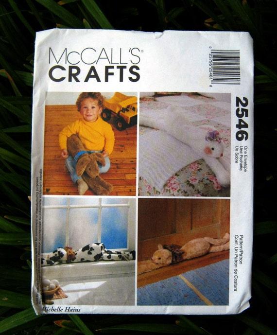 """Uncut Pattern - McCall's 2546 - Stuffed Lounge around pets - 35"""" draftstopper"""