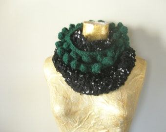 Black knitted fashion scarf