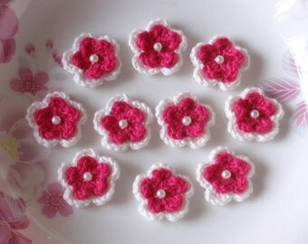 10 Crochet Flowers With Pearl In White, Dark Pink YH-105-05