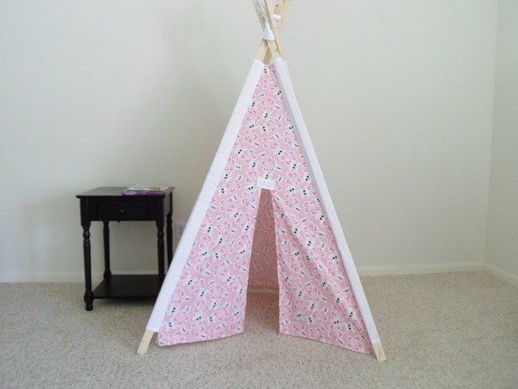 Skull and Crossbones Pink Halloween Kids Tent, Children's Tent, Teepee, Play Tent, Tipi, Wigwam or Kids Fort