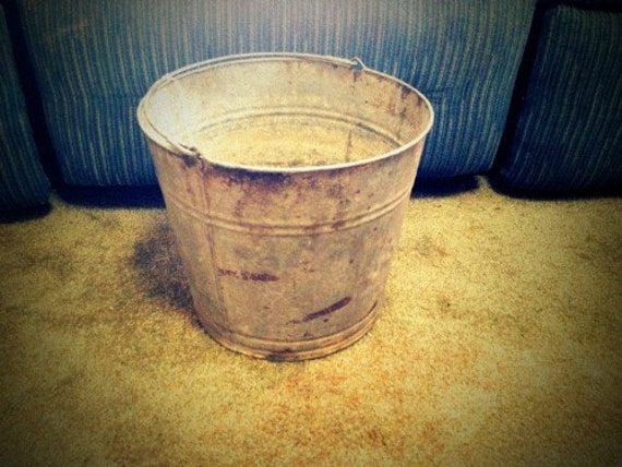 Vintage Galvanized Metal Flower Market Pail Bucket